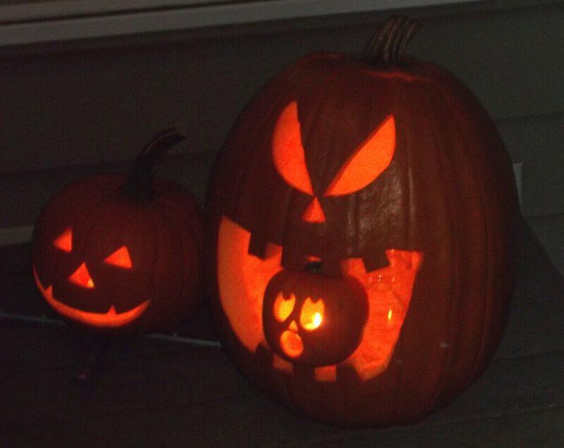 Three jack o'lanterns