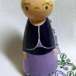 Elizabeth peg doll