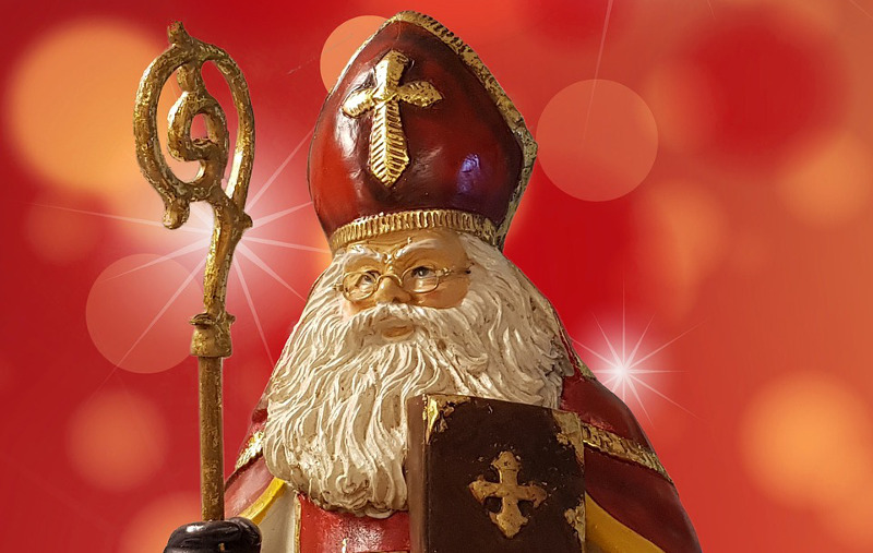 Build your own Saint Nicholas Day gift bags